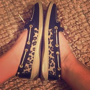 Leopard Sperry's
